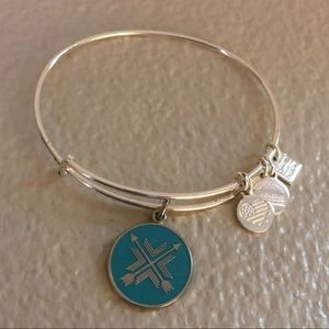 Like New Alex and Ani Arrows of Friendship